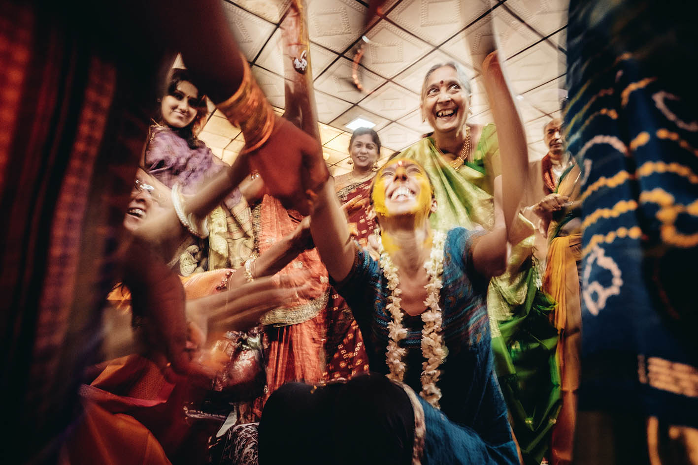 Canvera Wedding Photography: Ace Photographer Chenthil Mohan On Wedding Photography's