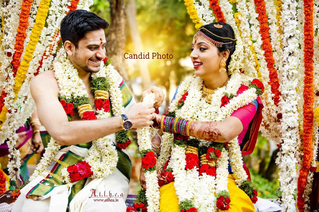 Canvera Wedding Photography: Candid Vs Traditional Wedding Photography