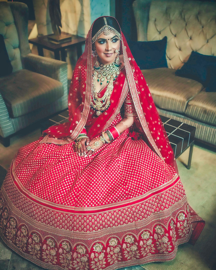 What Colors Of Bridal Wear Do Indian Brides Prefer More Canvera Blog